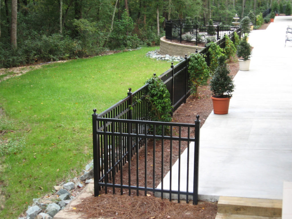 Hall-Fence-past-projects-018